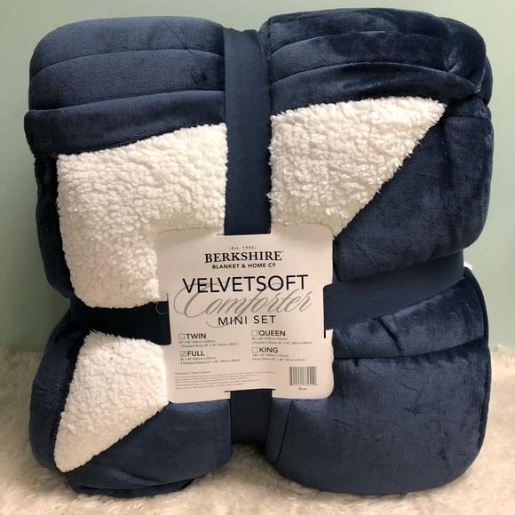 Berkshire Other - Berkshire VelvetSoft Comforter Mini Set (PM_B76)